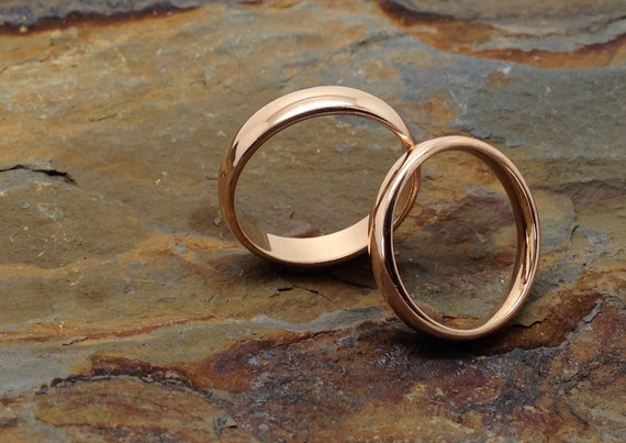 Simple elegant 18k rose gold matching plain wedding bands