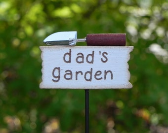 Miniature Sign - dads garden with trowel