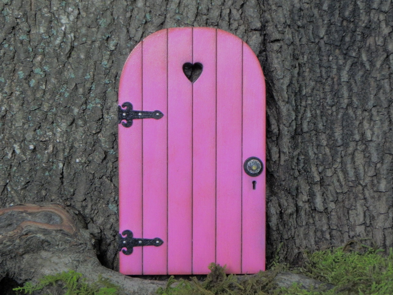 Fairy door fairy garden miniature wood bright azalea pink with for Wooden fairy doors