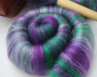 Sweet Rolls - Rolags hand blended for spinning - 1 oz increments - Hulk Smash