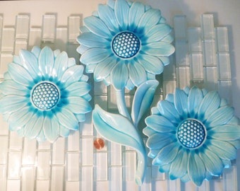 Freeman McFarlin Blue Flower Wall Hangings Ceramic Anthony USA Sunflower 3 Pieces Wall Hangings