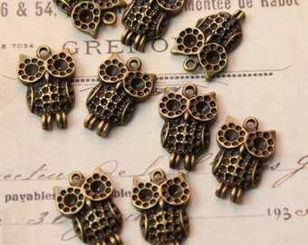 10 Owl Charms Antiqued Bronze Tone 12 x 19 mm
