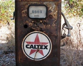 Vintage Rusted Caltex Petrol Pump Digital Photograph JPG Download