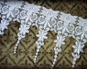 "Lace Fabric Trim, White Lace Fabric, Guipure Lace, Venice Lace, Bridal Lace, Costume Design, Lace Applique, Crafting, approx. 6.50"" GL-008"