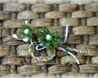 Tresors   Rustic Green Shabby Chic Flower Embellishment with Beads FL-091