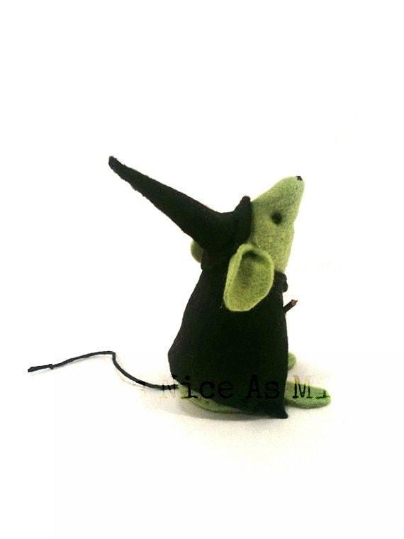 Мышь-ведьмочка от AsNiceAsMice