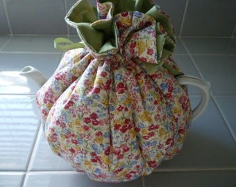 TEAPOT TEACOSY. English Teaparty, Tableware. Cottage Teatime, Cottage. Shabby Chic. TEACOSY. English Teas. Teatime. Tableware.Cottage Chic.