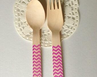 10 Forchette di legno fantasia zig zag viola / 10 Purple Chevron Wooden Forks