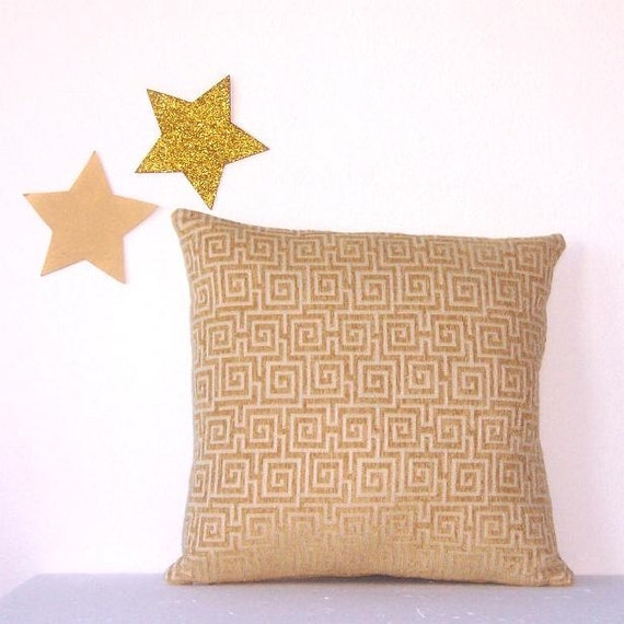 Decorative Pillow Cover 18 x 18 Yellow Cream