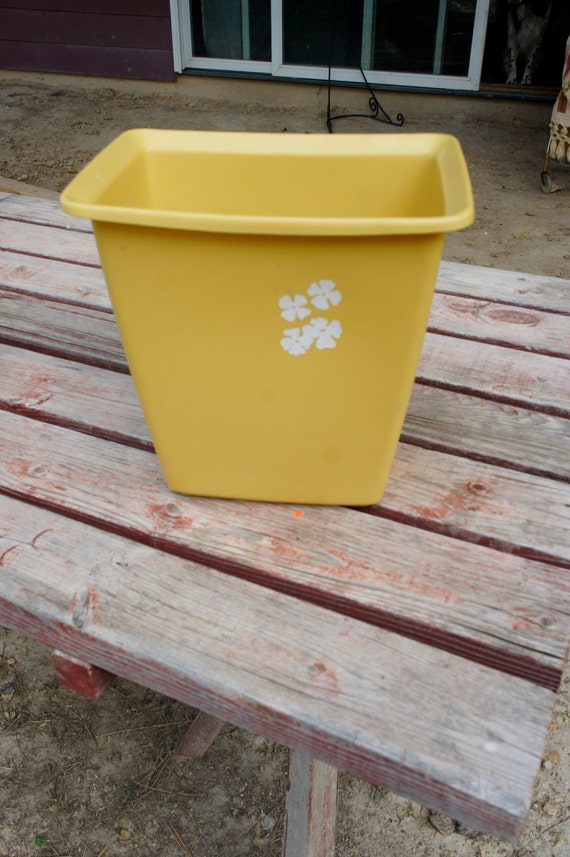 Vintage Rubbermaid Yellow Plastic Trash Can Rectangle Mid