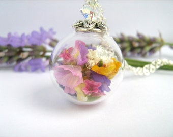 Real Flower Necklace, Real Flower Jewelry, Glass Globe Pendant, Real Dried Flowers, Summer Necklace, Birthday Gift, Terrarium Jewelry