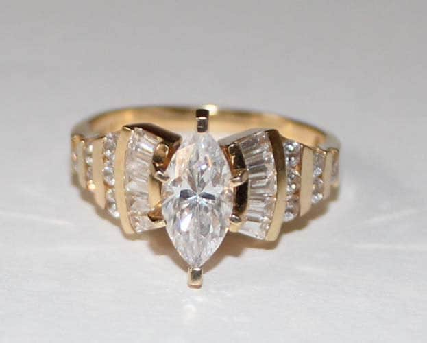 cubic zirconia ring in 14k yellow gold ring 6 ring size