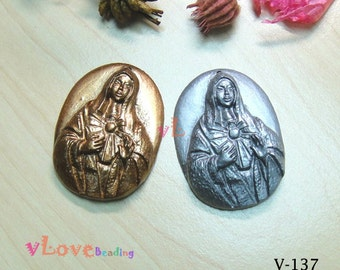"Resin pendant ""Our Lady""-  set in 2 pieces (V-137)"