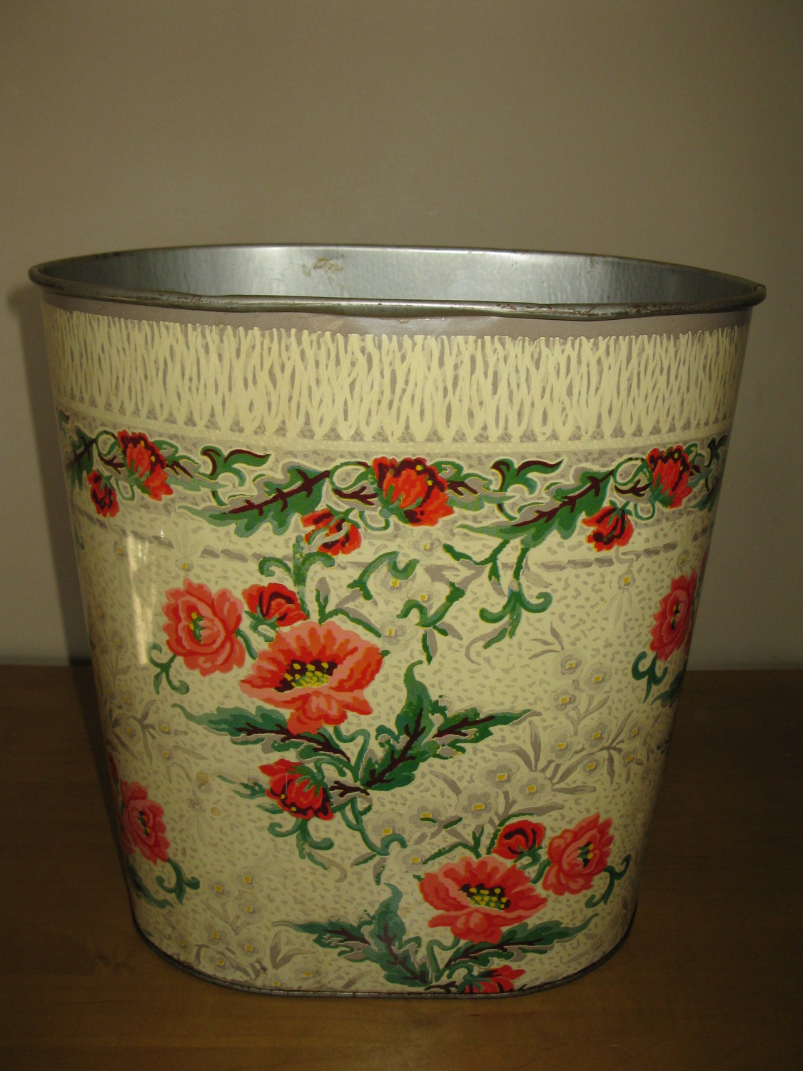 Retro Metal Trash Garbage Waste Can Poppies By Oakiesclaptrap