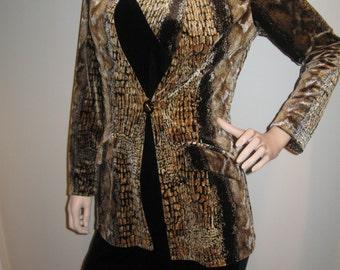FREE SHIPPING on this Vintage 1980s 2 Piece Velvet Snakeskin Design Dress (Small)