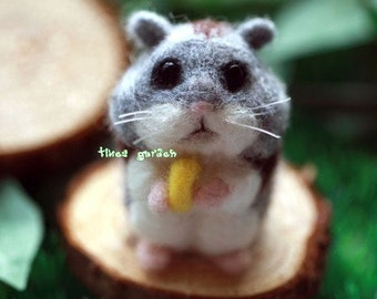 Grey and Black Hamster with Cheese,  Felt Wool Animal, Felting Kit Material DIY