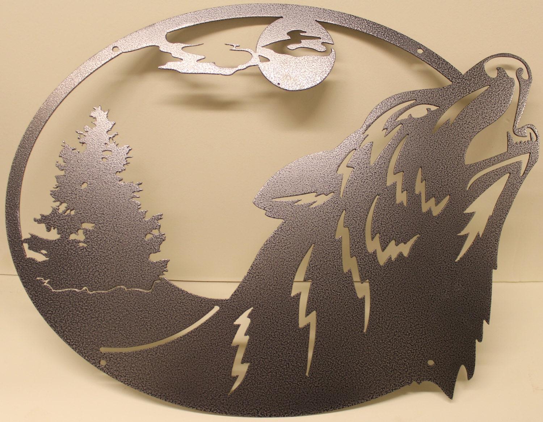 Art Décor: Howling Wolf Oval Scene Metal Wall Art Home Decor
