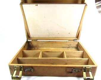 VINTAGE WOOD ARTIST Box, Painters Box, Permanent Pigments, Artist Supplies