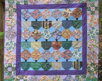 Snowball flower lap quilt or wall hanging