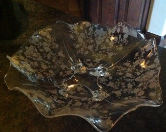 Cambridges Rose Point Etched footed Ruffled Crystal Bowl Centerpiece