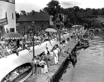 boardwalk fourth of July 1949 - LM-010
