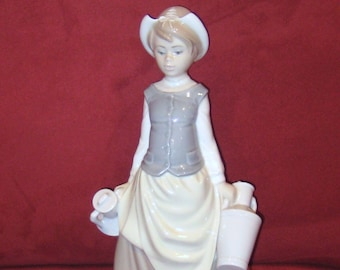 LLADRO Figurine- Girl Milkmaid First Edition 4939-Porcelain Figurine-Collectors Item-Made in Spain.