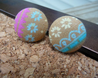 """Fabric Button Earrings, Cute Flower Fabric Covered Earrings 3/4"""", Burlap and Lace Style, Pink and Blue Earrings"""
