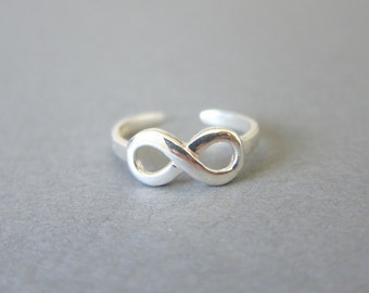 Adjustable Sterling Infinity Toe Ring, Also Midi Ring, knuckle Ring.
