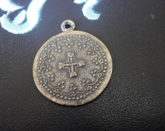 solid  bronze pendant with cross in the middle,antique bronze pendant with cross