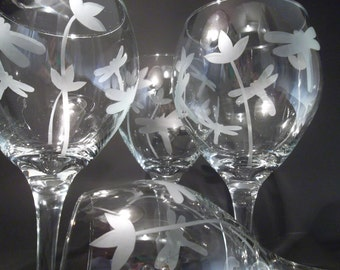 Etched dragonfly wine glasses with flowers.  Set of 4. Wedding shower, bridesmaids gift.