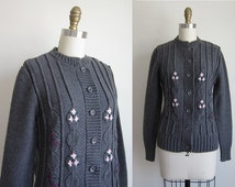 CLEARANCE 1950s Sweater / Vintage 1950s Cardigan Sweater / Grey Acrylic Cardigan Sweater by Haymaker Size Small