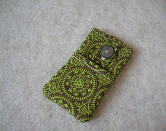 iPhone 5 Case, iPhone 4 Case, iPod Classic Case, Credit Card Holder, Clutch, Purse, Green Medallion