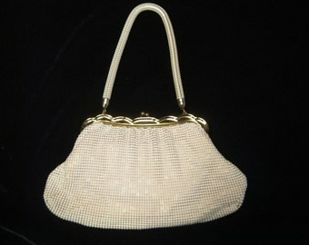 Vintage '40's WHITING & DAVIS Enamel Mesh Purse with Scalloped Frame