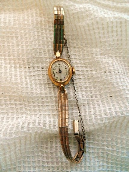 Vintage Timex Ladies Duchess Watch 10 Kt Gold Filled Top Old