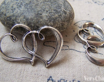 10 pcs Antique Silver Heart Charms 20x32mm A5720