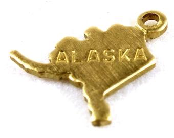 6x Brass Engraved Alaska State Charms - M057-AK
