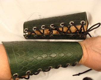 Pair of Scaled Hard Leather Bracers Arm Guards LARP armor
