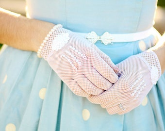 Bridal Gloves,  Wedding Gloves adorned with pearls and lace flowers