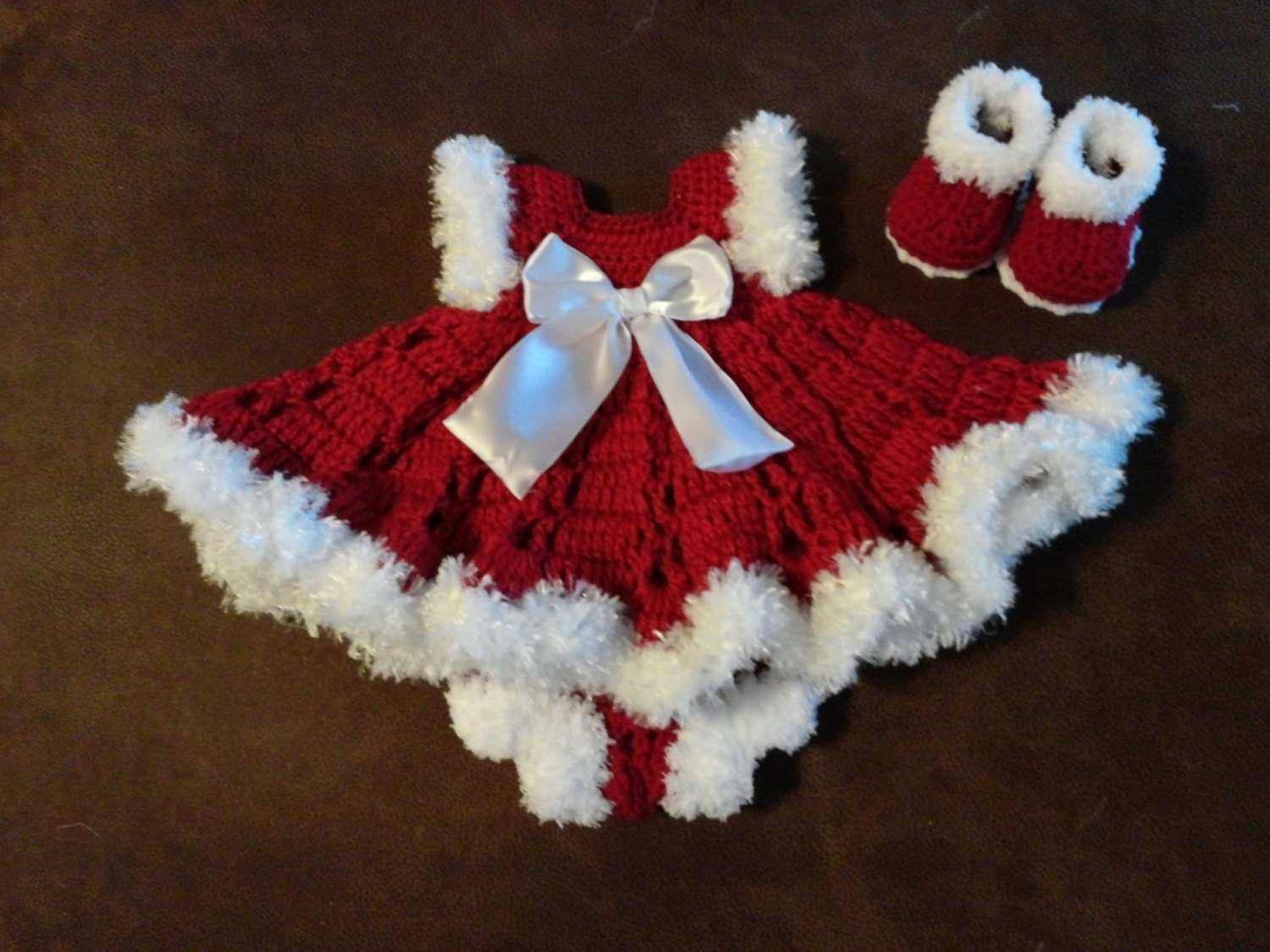 Crochet Christmas baby dress outfit autiful on baby
