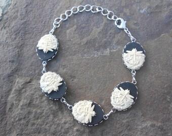 Gorgeous 5 Cameo Bracelet!!!!!  (ivory dragonfly on black background)  Wonderful Quality!!!!