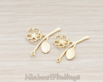 PDT418-MG // Matte Gold Plated Flower Twig Pendant, 2 Pc