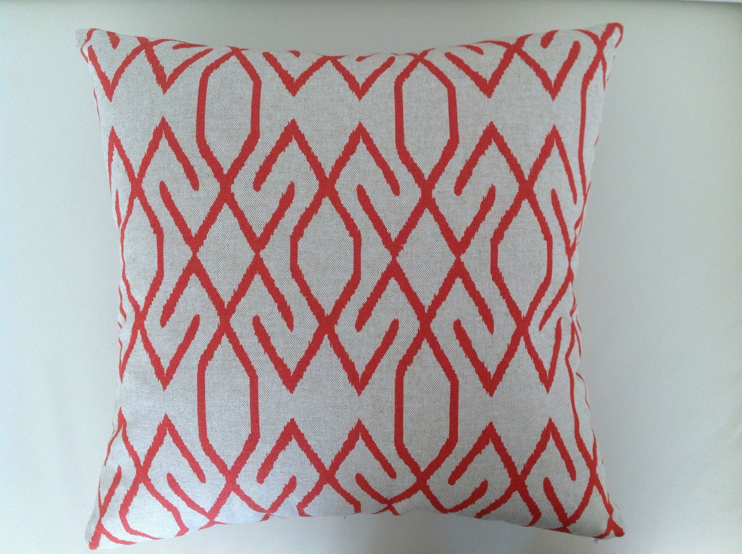 designer cushions modern pillows contemporary red green - 🔎zoom