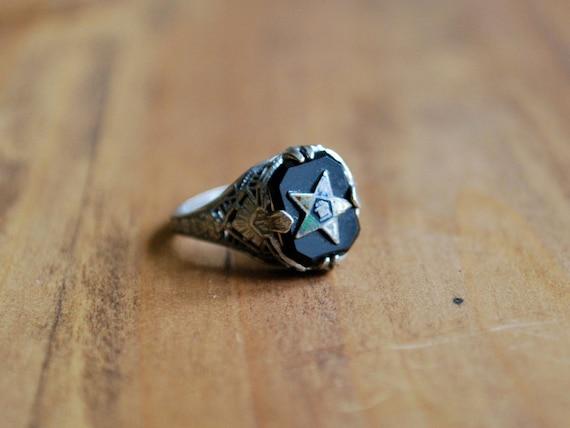 art deco freemason ring / order of the eastern star
