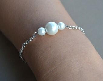 pearl Bracelet,White Glass Pearl Bracelet,Wedding Bracelet,Bridesmaid Bracelet,Jewelry,Maid of honor jewelry