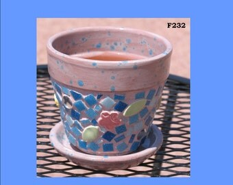 4 inch Pretty Pink  Mosaic Flower Pot Look Great in your Yard G232
