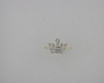 Genuine Diamond Ring 10kt Yellow Gold