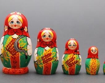 Russian Kirov  matryoshka babushka russian nesting doll  5 pc Free Shipping plus free gift!