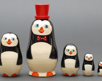 Penguins Nesting dolls matryoshka set  of  5 pc Free Shipping plus free gift!