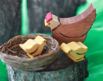 Hen and Chicks Wooden Toy - Natural Eco Friendly Waldorf Wood Toy Set