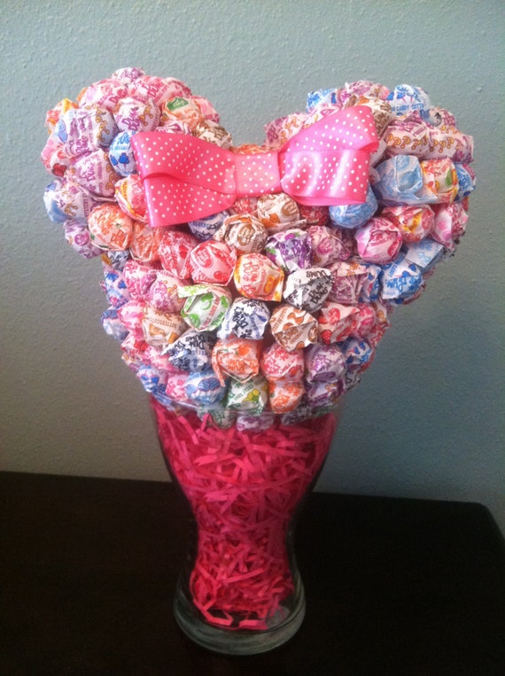 Items similar to minnie mouse dum centerpiece on etsy
